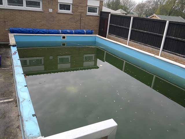 School pool - West Pinchbeck: Image 1 of 5