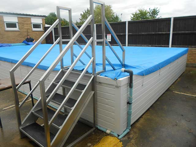 School pool - West Pinchbeck: Image 3 of 5